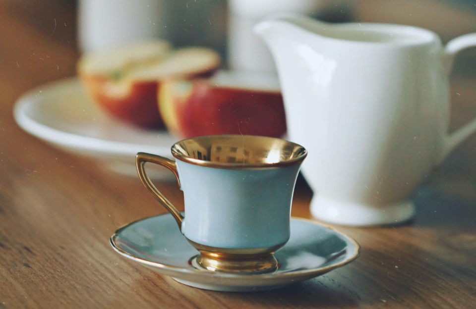 Кофе с яблочным соком